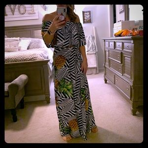 Geometric maxi dress 💕